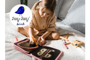 Jaq jaq Bird, het herbruikbare krijtbord met Butterstix krijtjes