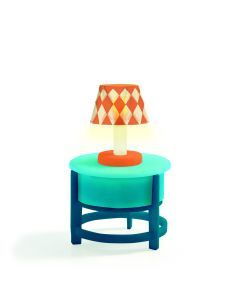 Ledlamp op ronde tafel voor poppenhuis