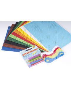 Naaikarton set 10 kaarten 10 naalden 5 kleuren draad