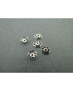 Kralenkapje bloem 6 mm 10 stuks antiek zilver